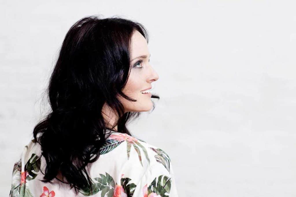 Eva Poleschinski: Abends darf es weiblich werden