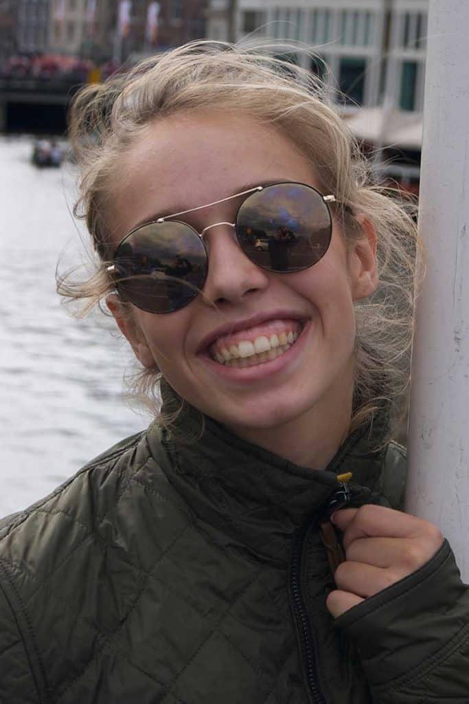 """""""Cool im Dirndl"""", Sabine Weiß, 19 Jahre, Studentin, kommt aus Strasswalchen, Salzburg Land"""